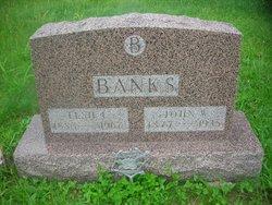 Elsie L Banks