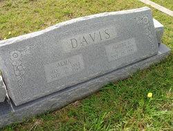 Alma Davis