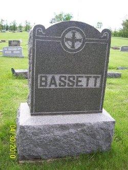 Dwight E. Bassett