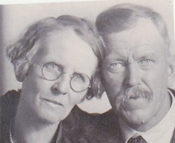 Hattie Iona <i>Price</i> Earl