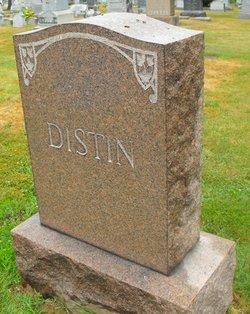 Everett F Distin