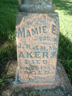 Mamie E Akers