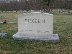 Emma May <i>Wools</i> Siegelin
