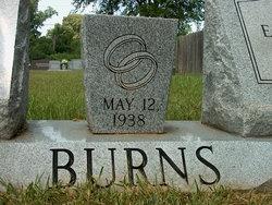 Lou Estelle <i>Lee</i> Burns