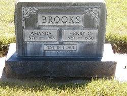 Amanda <i>Parks</i> Brooks