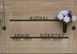 Dorothy M. <i>Montag</i> Kuphall
