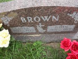 Laura Viola <i>Carney</i> Brown