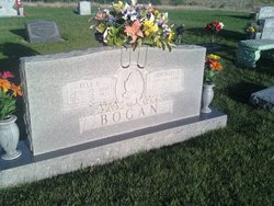 Ella Loretta <i>Shackleford</i> Bogan