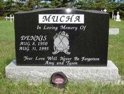 Dennis Mucha