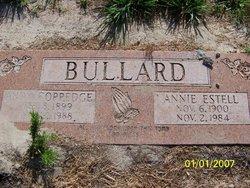 Annie Estell <i>Praytor</i> Bullard