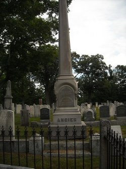 Laura E <i>Thompson</i> Angier