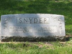 Bertha Blanche <i>Bateson</i> Snyder