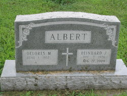 Reinhard J Albert