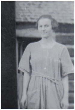 Lillie May <i>Russell</i> Walls