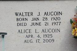 Alice L Aucoin
