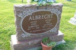 Mae <i>Ropp</i> Albrecht
