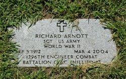 Sgt Richard Arnott