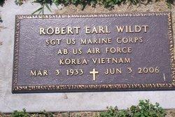 Robert Earl Wildt