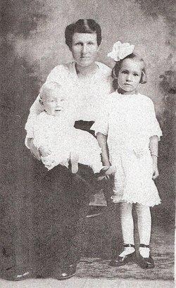 Biddie Ethel <i>Fox</i> Chisholm