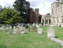 Hadleigh, St Mary Churchyard
