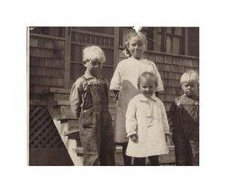 Lois Winnifred Winnie <i>Kearl</i> Dunn
