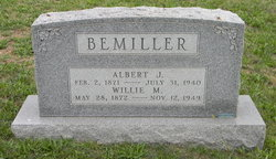 Willie M <i>Mathias</i> Bemiller