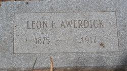Leon E Awerdick