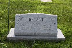 Patricia Lee <i>Michaels</i> Bryant