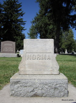 Myrl M. Norma Bennett