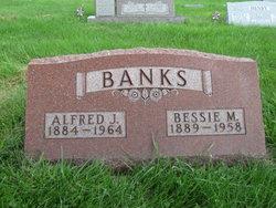 Bessie M. Gustavison <i>Powell</i> Banks