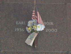 Earl Boik