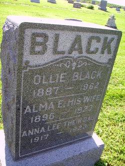 Anna Lee Black