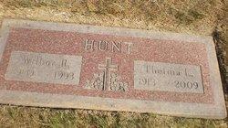 Thelma L. <i>Barnum</i> Hunt