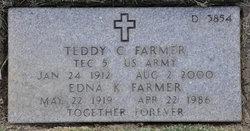 Teddy C Farmer
