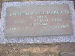 Lieut Kenneth R Shoemaker, Jr