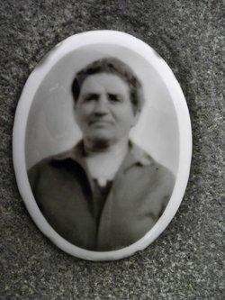 Agnes Petrone