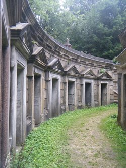 Highgate Cemetery (West)