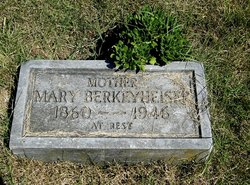 Mary <i>Baus</i> Berkeyheiser