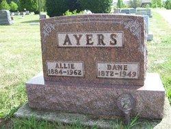 Dane Ayers