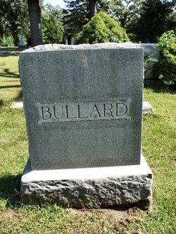 Mary E <i>Morse</i> Bullard