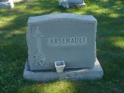 Henry T Arsenault