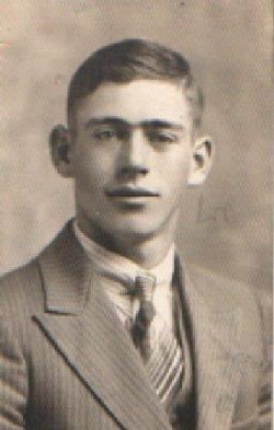 Pvt Lester G Allen