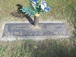 Dorothy J <i>Sprouse</i> Baggott