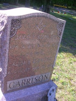 David T Garrison