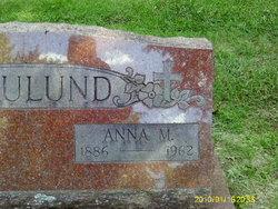 Anna M Haulund