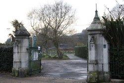 Isleworth Cemetery