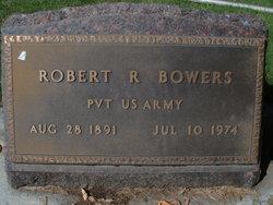 Robert R Bowers