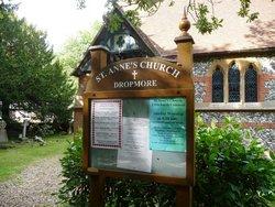 St Anne Churchyard