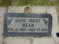 Olive <i>Smoot</i> Bean