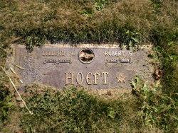 Lillian A Hoeft